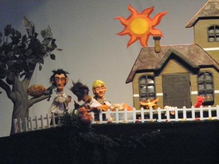 Na próxima quinta-feira, dia 25, tem teatro de bonecos na cidade
